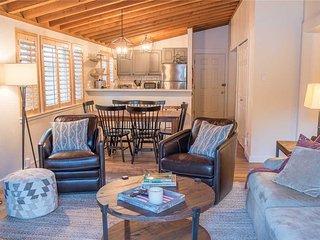 Ranch Condominiums 3538