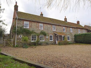 73091 Cottage situated in Fakenham (6mls SW)