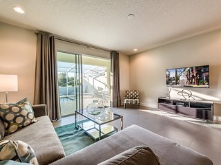 Lovely 3 bedroom suites, 20 min from Disney