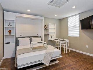 #417 Luxurious HomeTel in San Diego