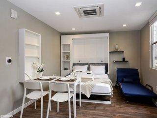 #418 Luxurious HomeTel in San Diego