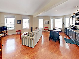 Boothbay Harbor Flat in the heart of Nightlife, Shopping, Boating Excursions