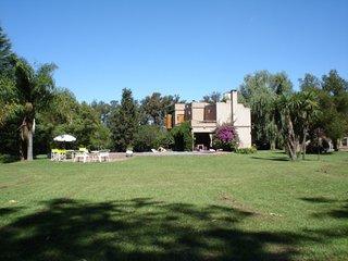 Espectacular Casa Quinta en Lujan