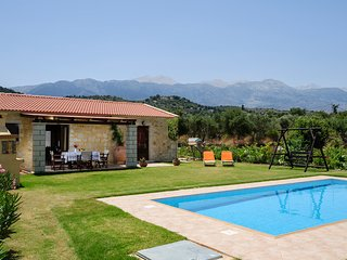 Villa Konstantinos - newly built traditional villa with private pool