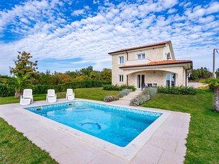 4 bedroom Villa in Hrahorić, Primorsko-Goranska Županija, Croatia - 5721347