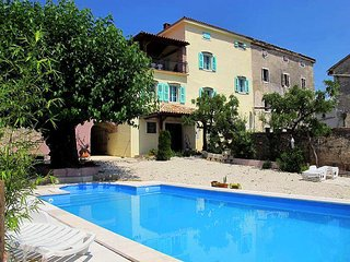 7 bedroom Apartment in San Marco, Istria, Croatia : ref 5721193