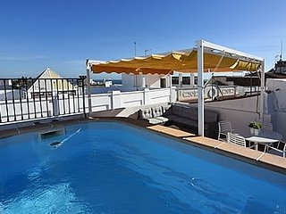 Nerja Villa Sleeps 4 with Pool Air Con and WiFi - 5721163