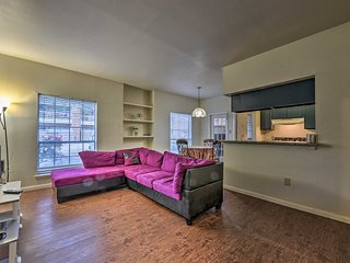 NEW! Cozy Houston Condo Mins to NRG Stadium & Zoo!