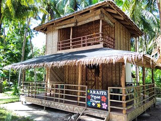 ARAITZ HOUSE, LIBERTAD, GENERAL LUNA, SIARGAO, FILIPINAS