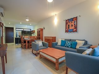 Amazing Ground Floor Condo with Private Terrace by olahola