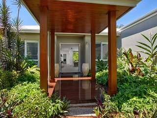 Palm Cove Holiday House 26307