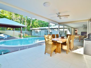 Palm Cove Holiday House 26277
