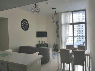 Cozy 2 bedrooms in mdubai marina
