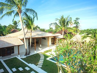 ❤ -35% 3BR & 12m Private Pool VILLA ❤  SUNDECK ❤ 9mins BEACH | WiFi | Full Staff