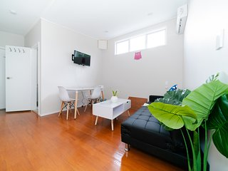 Takapuna Central Brand New Modern Super Cozy 1 Bedroom Unit
