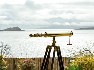 Grannda Mhor - Hillside holiday home near Oban. Incredible sea views- sleeps 8 c