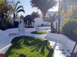 Villa CHAO, piscine privee jardin wifi clim