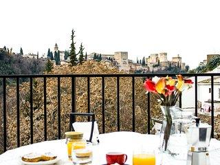 Casa-Cueva en Sacromonte, terraza con vistas a la Alhambra, 6 personas