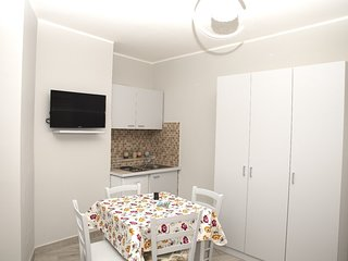 Cozy apartment in Naples with Parking, Internet, Washing machine, Air conditioni