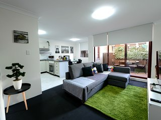 Prime Budget 10 - 2Bedrooms with Balcony - Sydney CBD - Free Parking