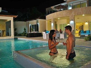 A beautiful 3 bedroom Villa in the Caribbean with your own private swimming pool