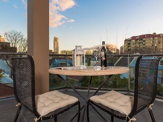 Spacious One Bedder in Sydney's Hotspot Location