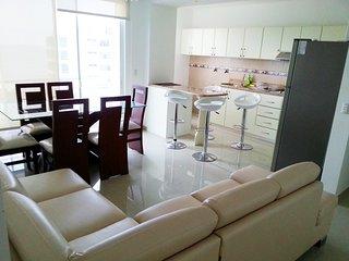 Exclusivo departamento 3 dormitorios: moderno, confortable y tranquilo. Acceso a