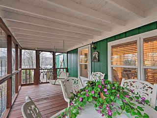 NEW! 'Brady's Fish Camp' in Hiawassee w/ Boat Dock