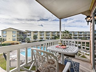 NEW! Galveston Ocean Condo - Walk to the Beach!