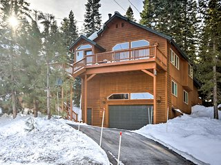 Luxury Tahoe Donner Home-Mins to Squaw Valley