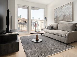 Charming 1BR in Griffintown Floor #3 by Sonder