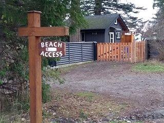BJ's On The Beach Texada Luxury Guesthouse