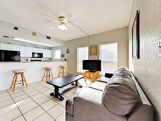 Roomy 1BR Condo by the Beach w/ Secluded Pool—Near Shopping & Dining