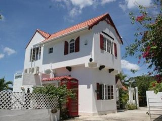 Sunset Reef Villa - Holiday Rental