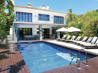 6 bedroom Villa in Benahavis, Andalusia, Spain - 5707714