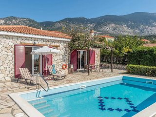 2 bedroom Villa in Mousata, Ionian Islands, Greece - 5705808