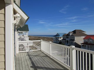 NEW LISTING! 'Another Day at the Beach'  4br 4ba villa with  ocean views