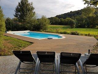 'Ancienne Laiterie'Gite 3 etoiles a Monein en Bearn 4 personnes piscine chauffee
