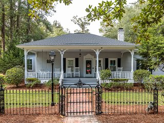 **BEST LOCATION IN PINEHURST**  AN ORIGINAL 1895 PINEHURST COTTAGE