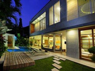 Luxurious Villa 4BDR Seminyak with Pool