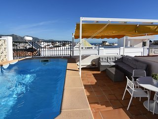 Private pool penthouse in central Nerja, 2 bedrooms