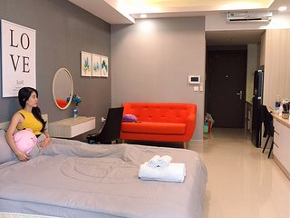 Spacious Studio with CITY VIEW and Free *POOL* and *GYM' Fitness Center