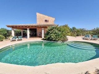 3 bedroom Villa with Air Con and WiFi - 5717717