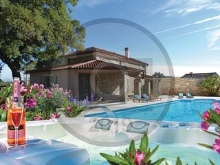4 bedroom Villa in Sajini, Istria, Croatia - 5737137