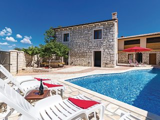 4 bedroom Villa in Orbanici, Istria, Croatia - 5737092