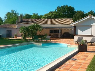 4 bedroom Villa in Saint-Vivien-de-Médoc, Nouvelle-Aquitaine, France - 5703619