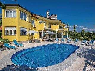 5 bedroom Villa in Kostrena, Primorsko-Goranska Županija, Croatia - 5737257