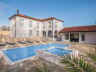 4 bedroom Villa in Margete, Splitsko-Dalmatinska Zupanija, Croatia - 5737224