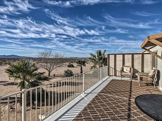 NEW! Pet-friendly Yucca Condo w/2 Acres &Mtn Views