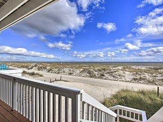 NEW! Fernandina Beach Townhome - Walk to Ocean!